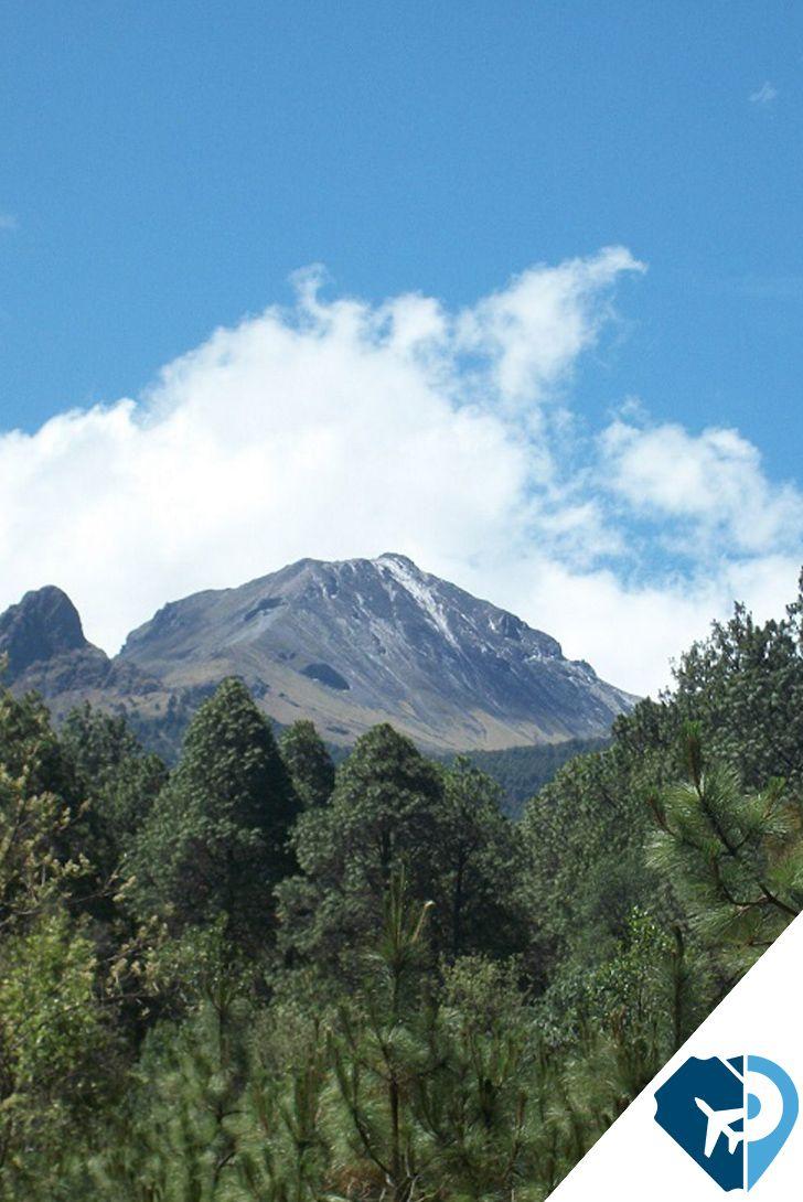Si de atractivos naturales se trata, el Parque Nacional La Malinche en Tlaxcala es ideal para disfrutar de la naturaleza regional y realizar actividades al aire libre. Este sitio, declarado en 1938, cuenta con albergues en las faldas del volcán en cuya cima se puede apreciar el paisaje de tres estados, así como del Pico de Orizaba, el Itzaccíhuatl y el Popocatépetl. Simplemente te robará el aliento.