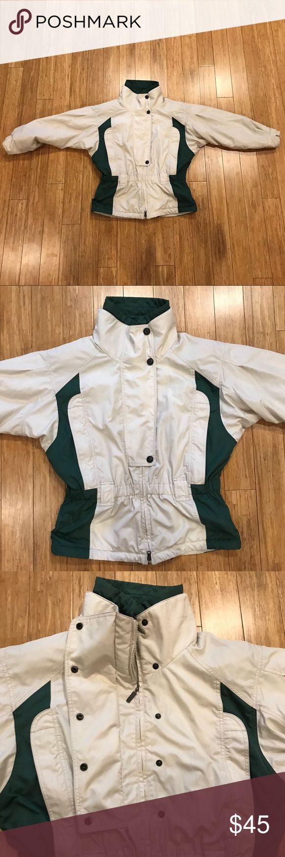 Columbia Sportswear Company Snow Jacket Shell: 100% polyester Lining: 100% Nylon Insulation: 100% polyester  Armpit to armpit: 31 in Total length: 29 in Columbia Jackets & Coats Puffers