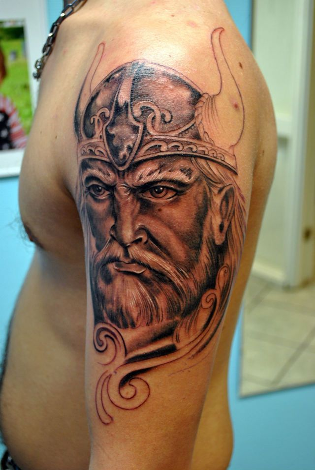 I don't even know why you would want this. The art is good but having the face of some random Viking tattooed really big on your arm seems really pointless to me. I will never understand getting tattoos that mean nothing to the person. Maybe this means something to him idk but it seems quite pointless