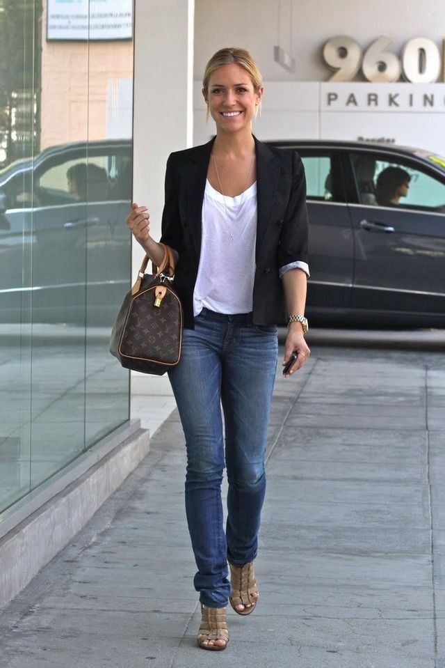 What to Wear to Look Fab in Your 30s - Celebrity Street Style