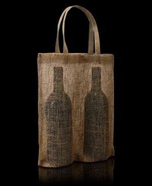 El modelo Spain II es una bolsa de rejilla de yute para dos botellas. Es un envase ideal para dos botellas, en la base tiene fuelle para que las botellas siempre se mantengan de pié.