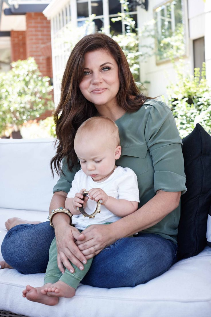 We visit actress Tiffani Thiessen at home in LA to find out more about her thoughts on career, motherhood and cooking (and those Beverly Hills 90210 days)