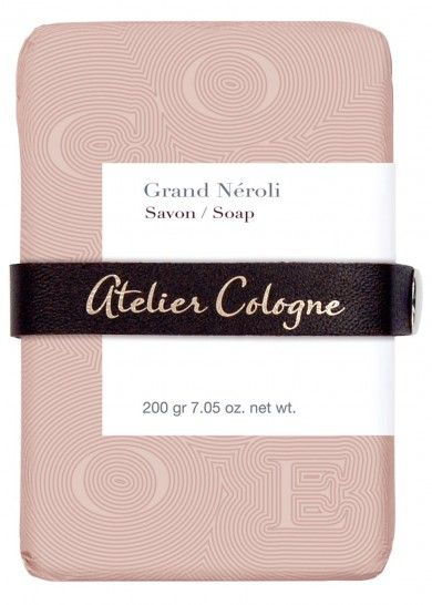 Atelier Cologne | Grand Néroli Soap | Orange blossom flower, clean herbal notes, warm musks and vanilla, Moroccan neroli, bergamot from Calabria, and petitgrain from Paraguay, Persian galbanum, Slovenian oakmoss and Scandinavian birch leaves, base notes of musk, Virginian cedarwood and Madagascan vanilla..100% vegetal and made with traditional French methods, enriched with a unique combination of aloe vera and shea butter.