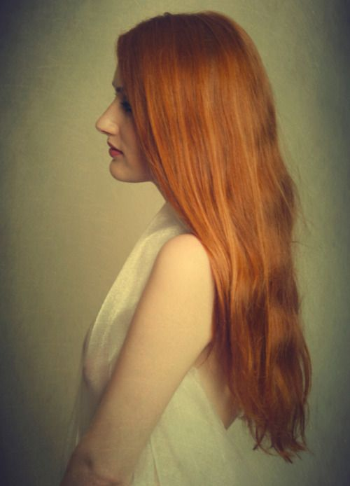 andy bennett  for-redheads.tumblr.com  Alex Bard via Joanne Smith onto Ravishing Redheads: from Strawberry Blonde to Chestnut Auburn