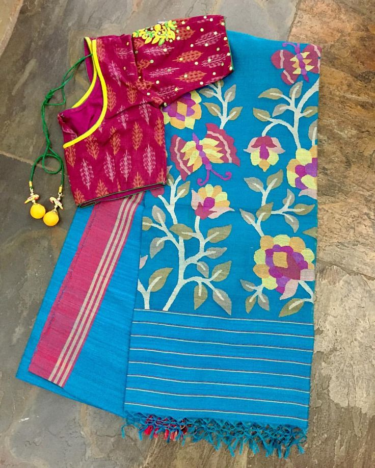 Blue pink matka silk saree (and muslin jamdhani pallu)matched with a pink embroidered silk cotton blouse. Sold separately. Drop by the store or email us at service.taamara@gmail.com for online enquiries/orders. 04 March 2017