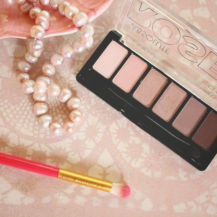 Catirce Absolute Rose Eyeshadow Palette