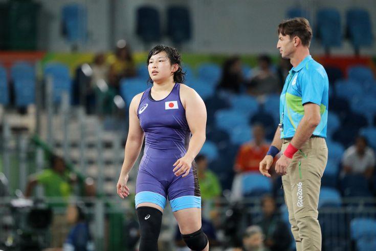 【速報】レスリング女子69キロ級の土性沙羅が、金メダル。登坂、伊調に続く、この日3つ目の金メダルです。http://yahoo.jp/I96JMj  #Rio2016 #jpn #レスリング (写真:青木紘二/アフロスポーツ ) #リオ五輪