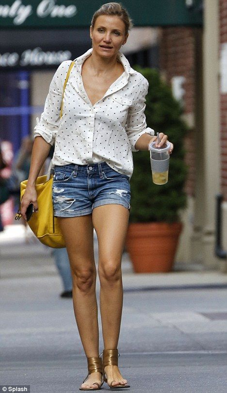 Perfect pins: Cameron Diaz looked stunning as she enjoyed a drink in New York today