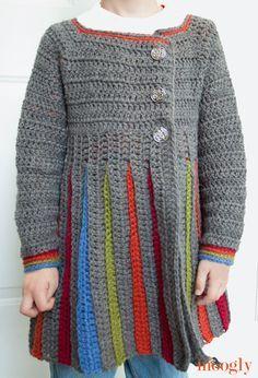 Eloise Girls Sweater :: Free #crochet pattern for girls sizes S/M/L!