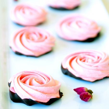 """Chocolate Dipped Strawberry Meringue Roses."" Oh we'll definitely be having these in the bakery for next Valentine's Day (my version of the recipe though and without the artificial Jello/colouring in it)."