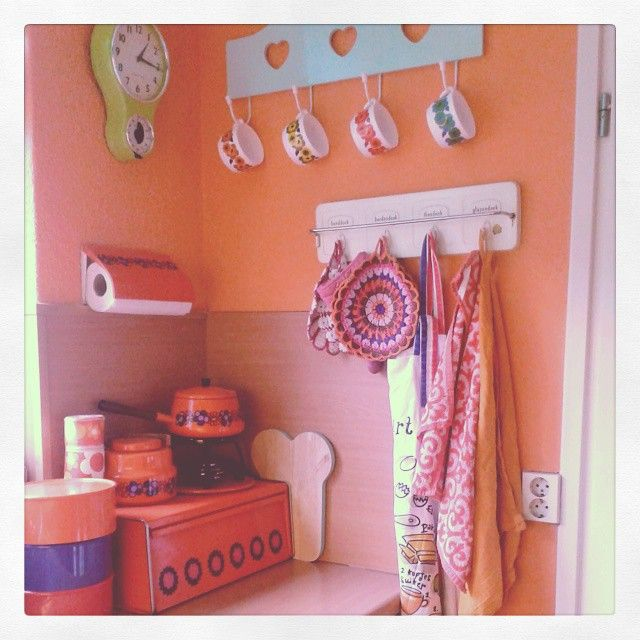 I love my #kitchen #retro #brabantia #acropal #Padgram