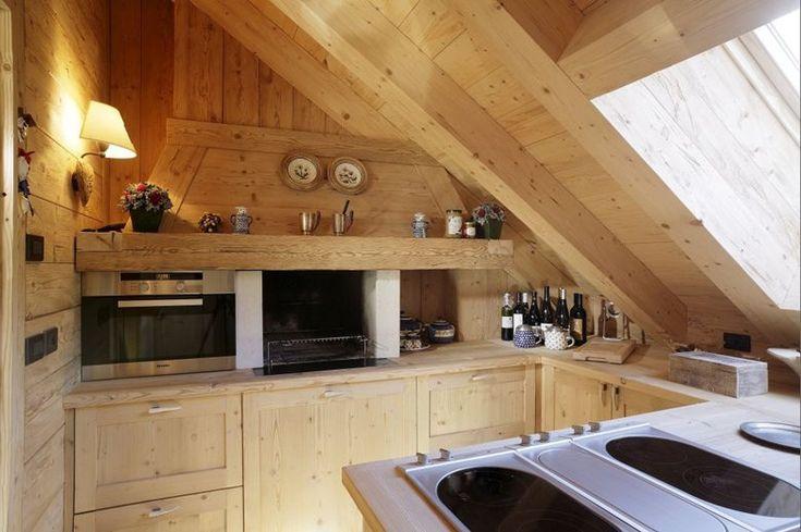 17 migliori idee su case di montagna su pinterest lake for Case modulari molto compatte
