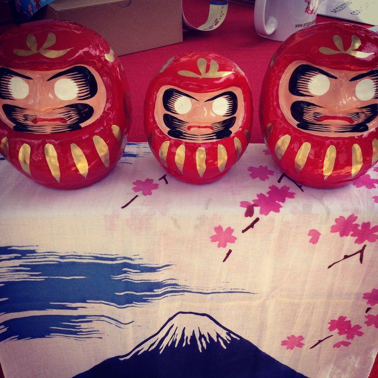 Daruma e tenugui Monte Fuji www.artigianatogiapponese.it