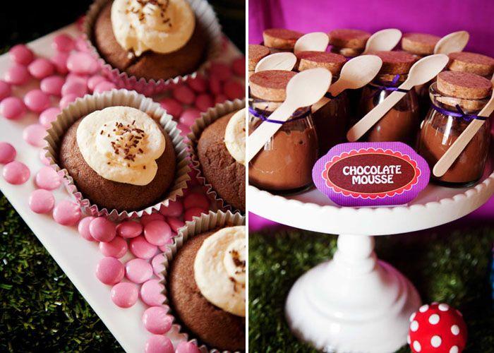 willy wonka food: Wonka Food, Sweet Chocolates, Factories Parties, Birthday Parties, Chocolates Factories, Wonka Parties, Wonka Chocolates, Willis Wonka, Chocolates Mousse