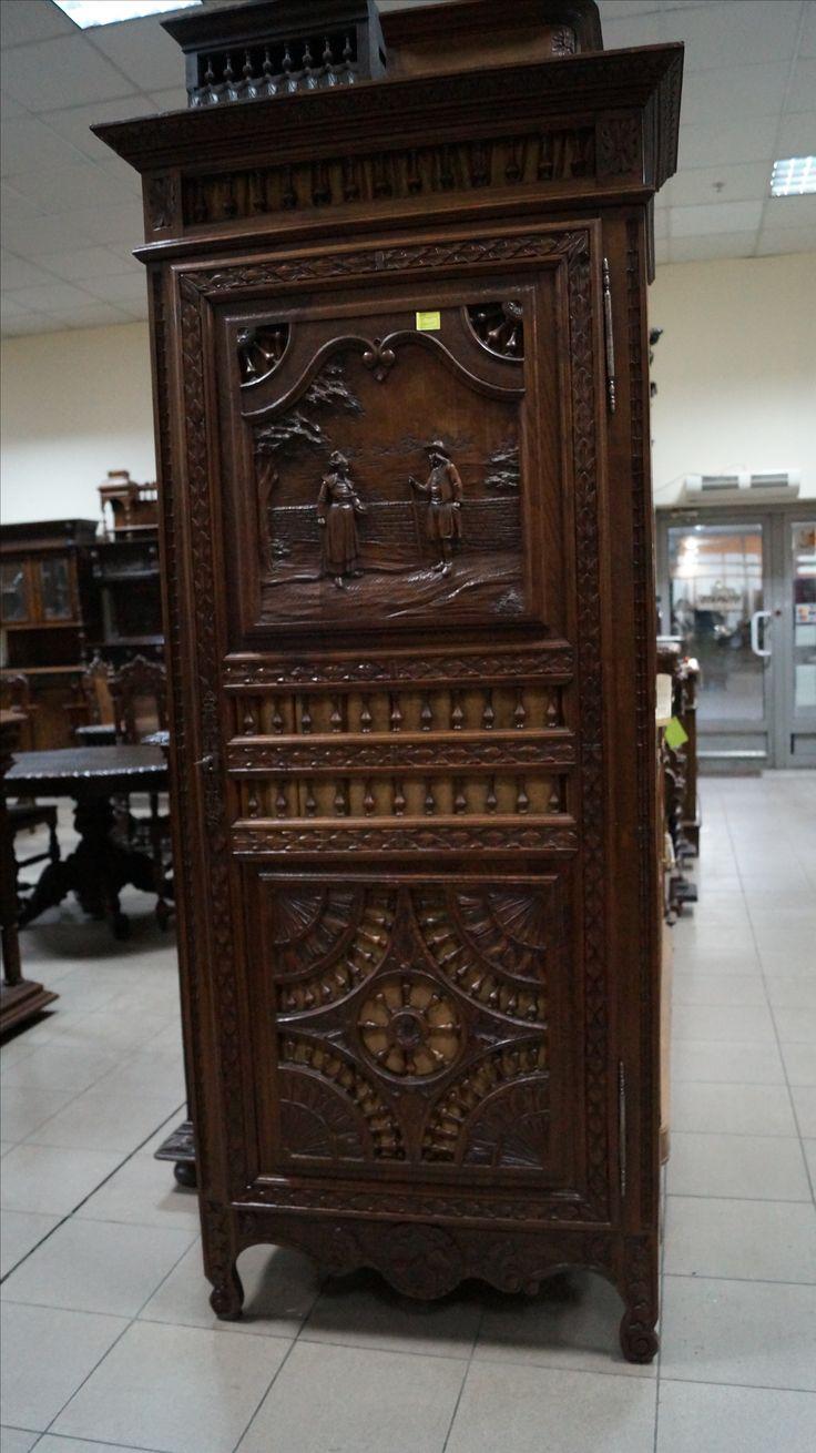 Салон Градеж - Антикварный шкаф в бретонском стиле