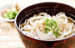 Te-uchi udon (Mì udon tự làm ở nhà)