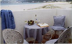Self Catering Apartment Hout Bay, Cape Town - Beach Road http://capeletting.com/atlantic-coast/hout-bay/beach-road-204/