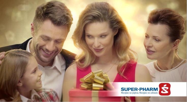 Kobieta Super-Pharm  Rodzinna