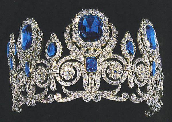 Fleur De Lis Diamond Jewelry