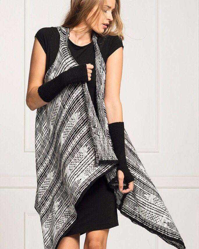 ETNİK MONOKROM TRİKO SİYAH BEYAZ YELEK www.fashionturca.com