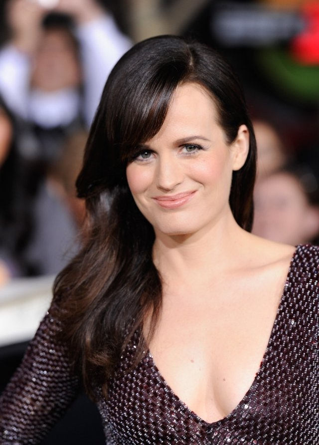 Okay, when I had long hair, people used to always tell me that I looked like Elizabeth Reaser.  One of my friends seriously called me Esme for the longest time because of that.