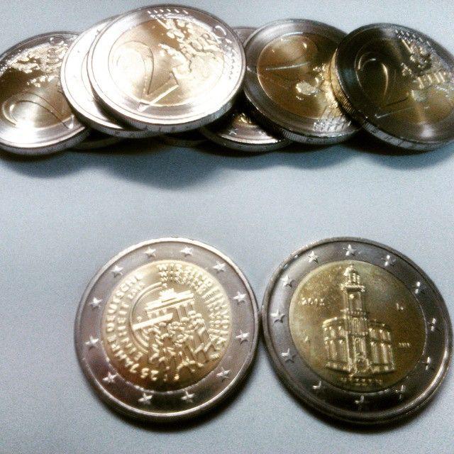 Monedas de 2 euros conmemorativas de Alemania del año 2015. Representan la Iglesia de San Pablo y el Aniversario de la Reunificación Alemana - Caída del Muro de Berlín . Numismática