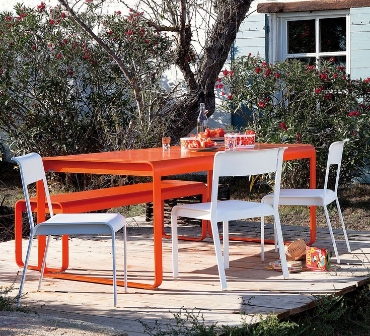 Bellevie collection from Fermob in carrot and cotton white.
