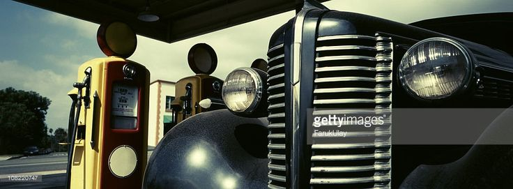 Probably sometime in 1940s Southern California looked like this. The car is from the 1930s, gas pumps are from 1940s. The photo is shot with a panoramic camera (Hasselbad XPAN), 45mm lens. The image is cross processed.