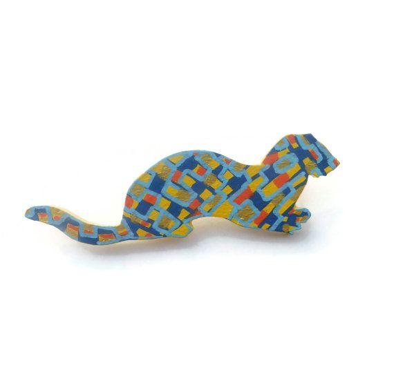 Cute Otter, Otter Jewelry, Animal Brooch, Animal Jewelry, Animal Lover Gift, Animal Brooch, Hand Painted Jewelry, Jewelry Gift,