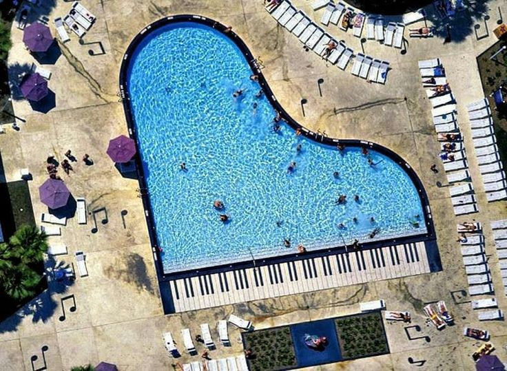 Piano swimming pool
