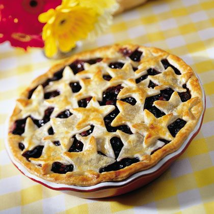 Star-studded Blueberry Pie for 4th of JulyBlueberries Pies Recipe, Pies Crusts, Fourth Of July, Summer Parties, Summer Desserts, 4Th Of July, Summer Bucket, Independence Day, Blueberries Recipe