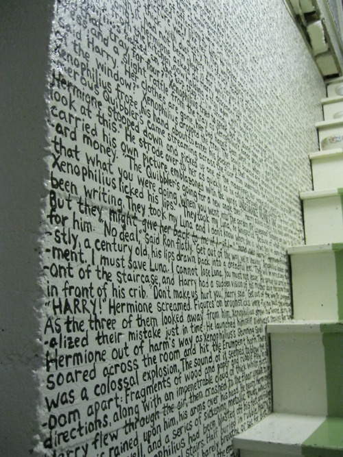 I love words on walls