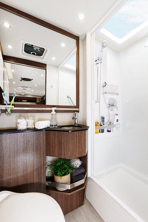 Leisure Travel Vans - Wonder - Floorplans