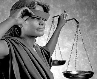 Kvinna slipper skadestånd & fängelse för sex m 13-åring