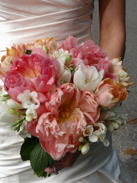 1000 Ideas About Coral Peony Bouquet On Pinterest