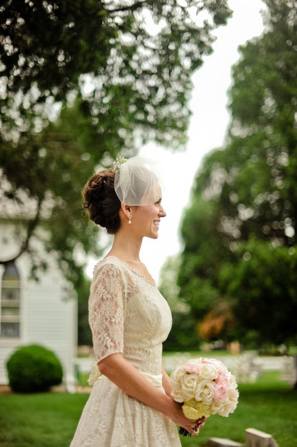 Cute blusher veil by @TwigsandHoney, worn with an original vintage dress and @BHLDN headpiece...