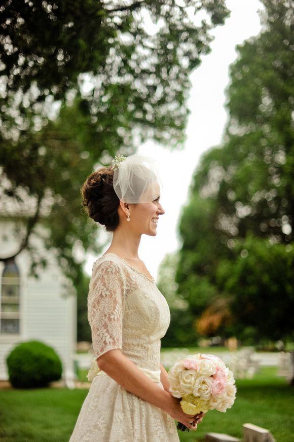 Cute blusher veil by @TwigsandHoney, worn with an original vintage dress and @BHLDN headpiece...