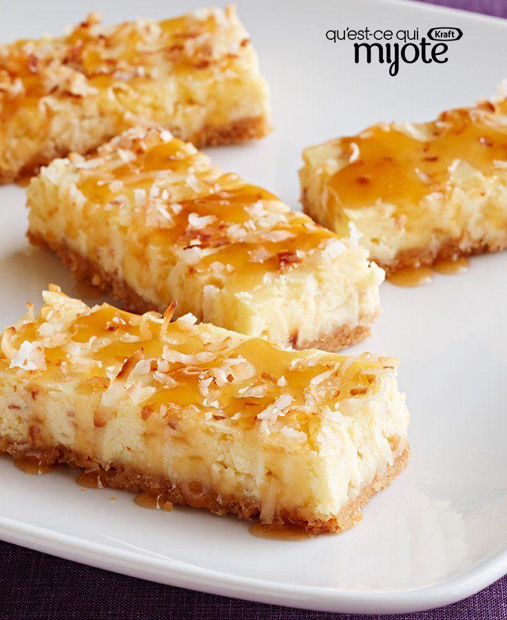 Carrés de gâteau au fromage à la noix de coco nappés de garniture au caramel #recette