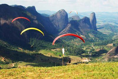 Pontões de Pancas, estado do Espírito Santo, Brasil. Fica numa região de grande potencial nos esportes radicias como o vôo livre, parapente e asa delta, além de trekking, enduros, rapel.