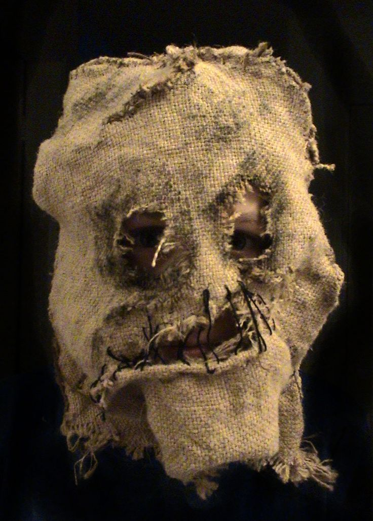 A burlap mask is a great scary Halloween costume and is fairly quick and simple to make yourself. Description from pinterest.com. I searched for this on bing.com/images