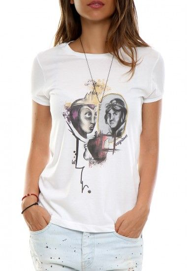 snow white #vagrancylifestyle #handmade #tshirt #woman