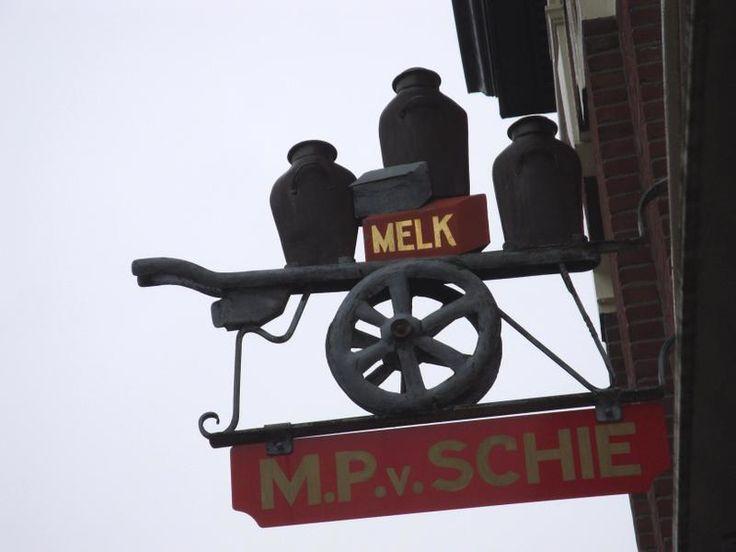 wilikditwel: februari 2010  Former milkshop in Haarlem Holland