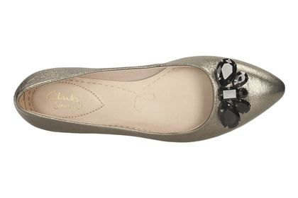 Clarks Amulet Ice, Gold Leather, Womens Smart Shoes
