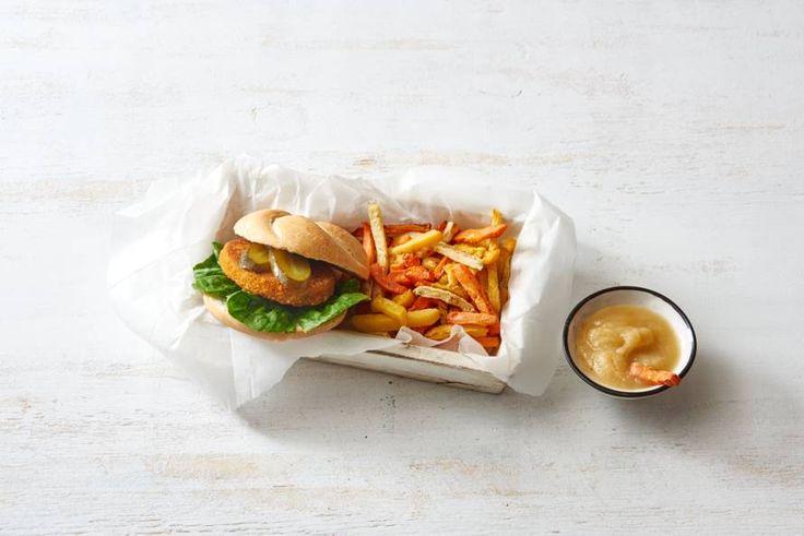 27 Februari - Groentefriet + kipburgers + appelmoes in de bonus = snacken voor de tv met je bord op schoot.- Recept - Allerhande