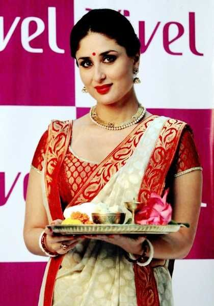 How to Drape a Bengali Saree?