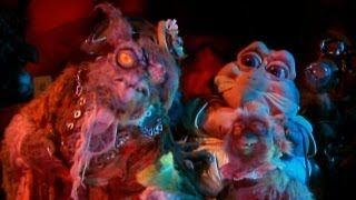 """Baby Sinclair and General Chow in """"When the Food Goes Bad""""."""