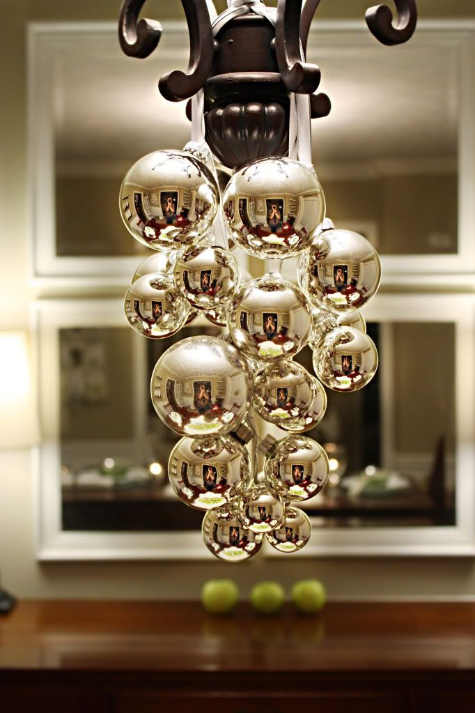 Christmas table decor ideas: Dining Room, Idea, Christmas Decorations, Holidays, Light Fixture, Holiday Decor, Christmas Chandelier, Christmas Ornament