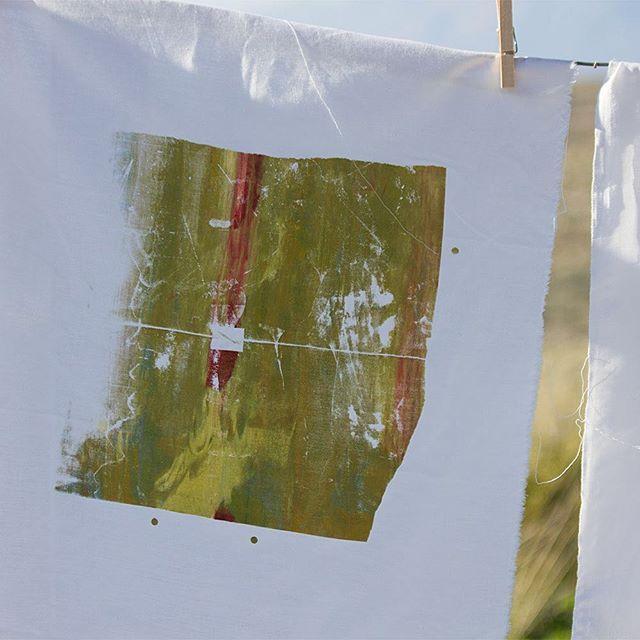 #fabrics #fabricart #fabricaddict #screenprints #screenprinting #abstract #hangingtodry #vic