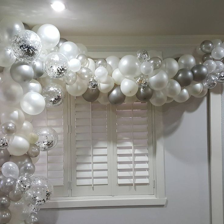 deconstructed 1/2 arch #balloonsbyrose #melbourneballoons #0403126446 #melbourneevents #silverconfetti #whiteballoons #deconstructedballoonarch #engagementballoons #partytime #partybackdrop