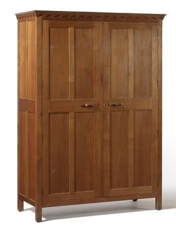 A Gordon Russell fruitwood bedroom suite